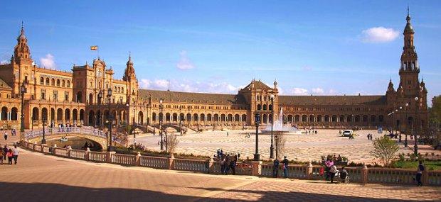 Seville - Wikipedia